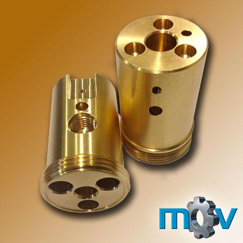 Conector neumático-hidráulico comunicado